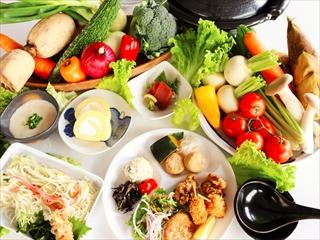 体に優しい自然食を中心としたバイキングレストラン「悠瑠璃」(写真はイメージです。季節により変更あります。)